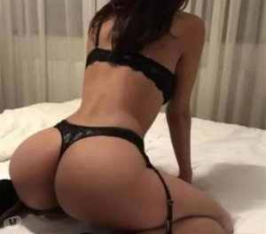Aygline lollipop escorts in Banff, AB